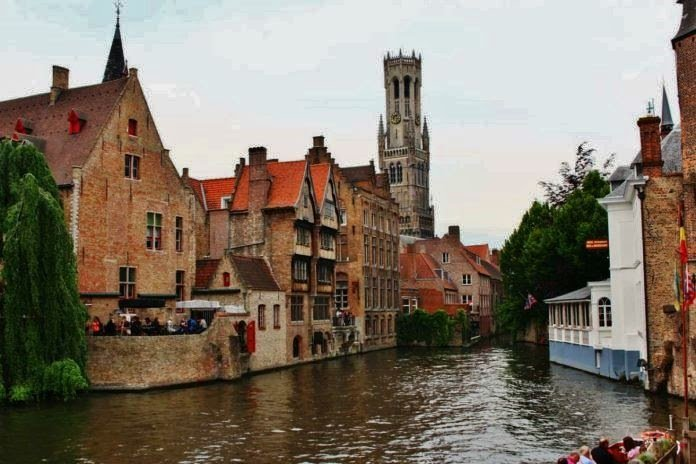 Travel Guide to Bruges – the Flemish city also known as the Venice of the North