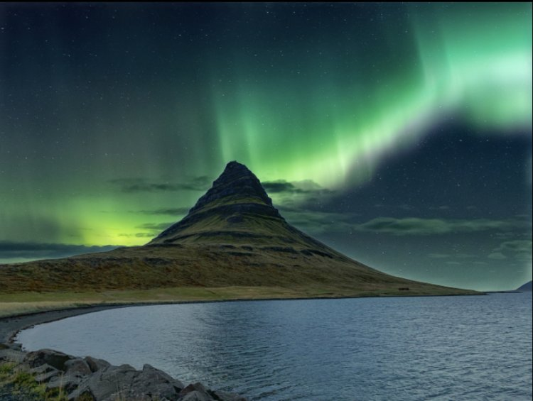 How to plan a trip to see the Northern Lights in Iceland