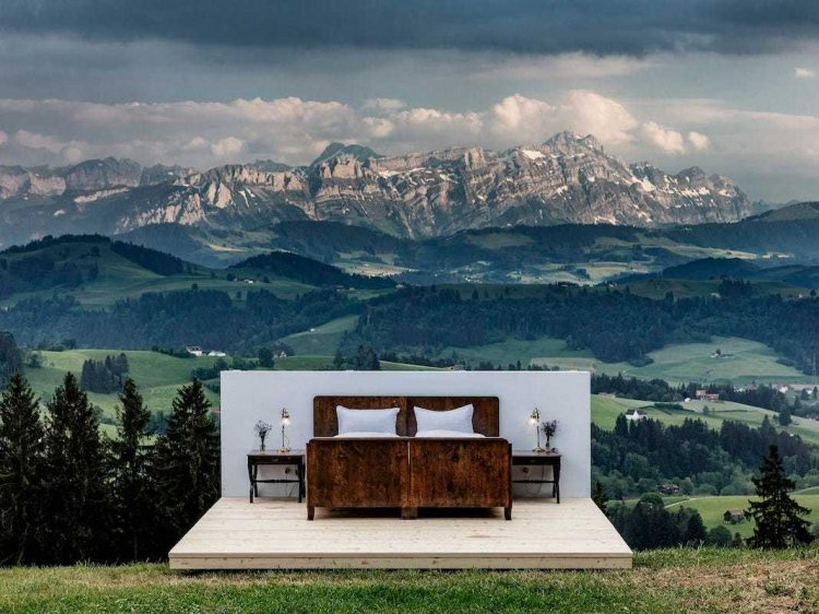 Zero Real Estate Hotel – The Unique 'thousand star' hotel among majestic Alps mountain